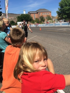 Kids waiting for me to fly into transition... it was a nice one!